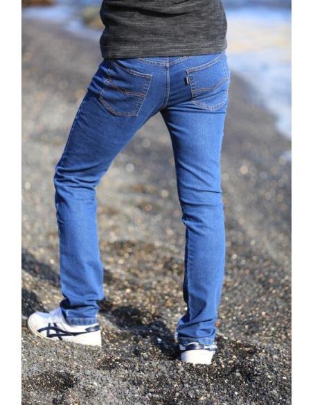 Pantalon en jean's pour homme coupe droite confortable en tissus jean élastique. Tailles du 38 au 52. Dénim ou Brut par Coton...
